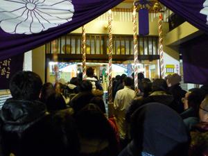 2011hatsumoude2.jpg
